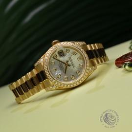 RO21016S Rolex Ladies Datejust 18ct Close11