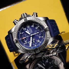 BR21756S Breitling Chrono Avenger Close10 2