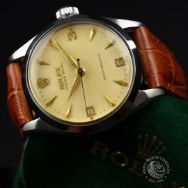 RO692F_Vintage_Rolex_Oyster_Royal__Close9.JPG