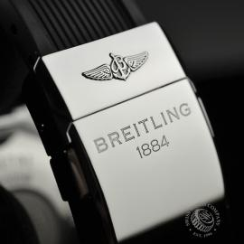 BR20231S-Breitling-Superocean-Chronograph-M2000-Close6 2