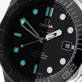 OM20623S_Omega_Seamaster_Professional_Co_Axial_300m_Close1.jpg
