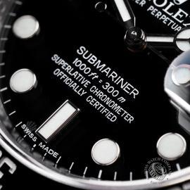 RO22466S Rolex Submariner Date Close 4