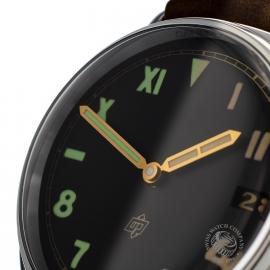 PA20210S-Panerai-Radiomir-California-Close9_1.jpg