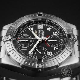 BR22647S Breitling Chronomat Blackbird Close6