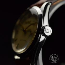 RO692F_Vintage_Rolex_Oyster_Royal__Close2.JPG