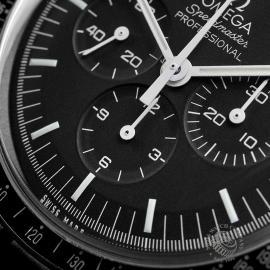 OM22330S Omega Speedmaster Pofessional Moonwatch Close4